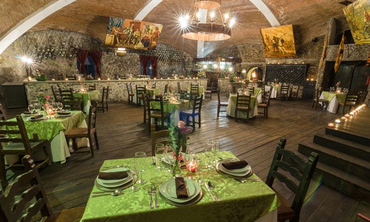 La Terraza Bar at Castillo Santa Cecilia